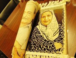 بافت عکس شخصی به تابلو فرش به همراه هدیه مشابه !