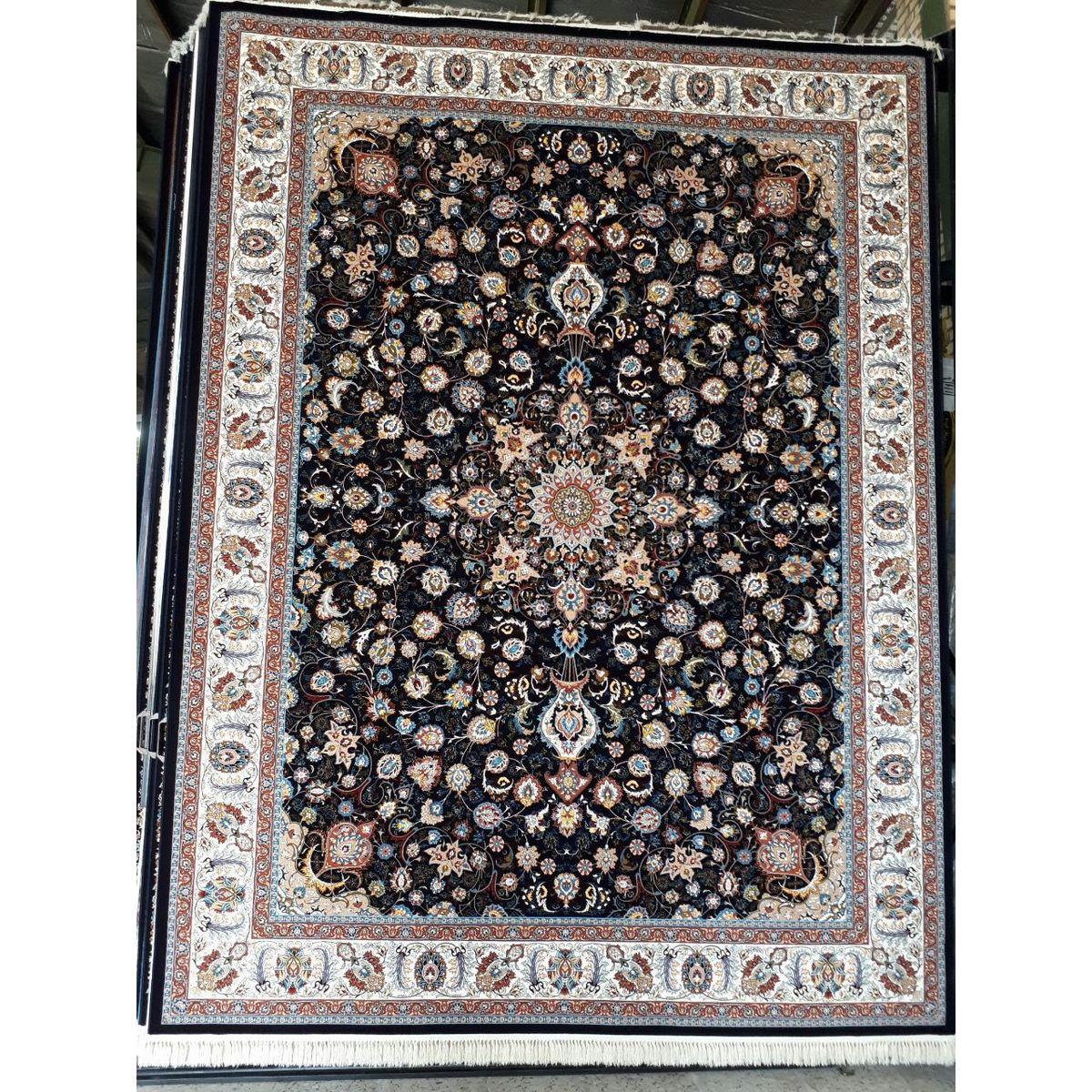 فرش ماشینی ۷۰۰ شانه کد ۹