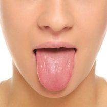 مزه خون زیر زبان؛ چرا، چگونه؟
